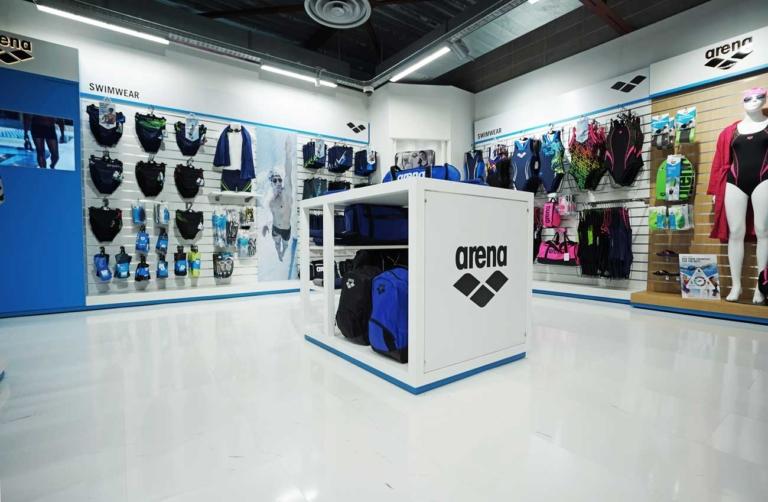 Foto dettaglio banco centro stanza espositivo concept Arena progetto Clou