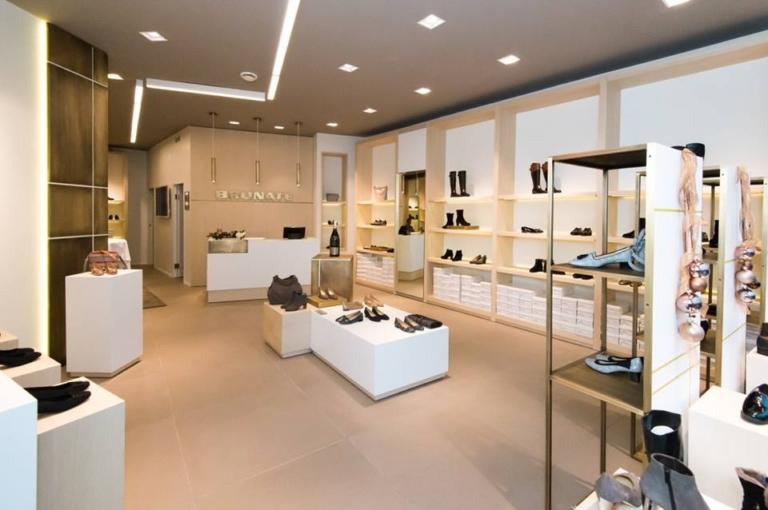 Foto panoramica negozio calzature Brunate di monaco