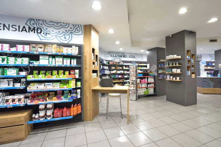 CLOU Arredi Farmacie-farmacia Borsa-Farmawrapping07
