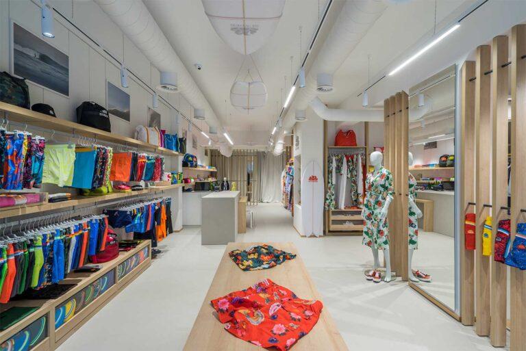 Foto panoramica boutique Sundek Milano Marittima